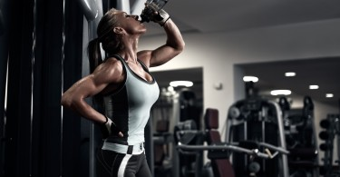 Sexy muscular girl at the gym pine bark pycnogenol article