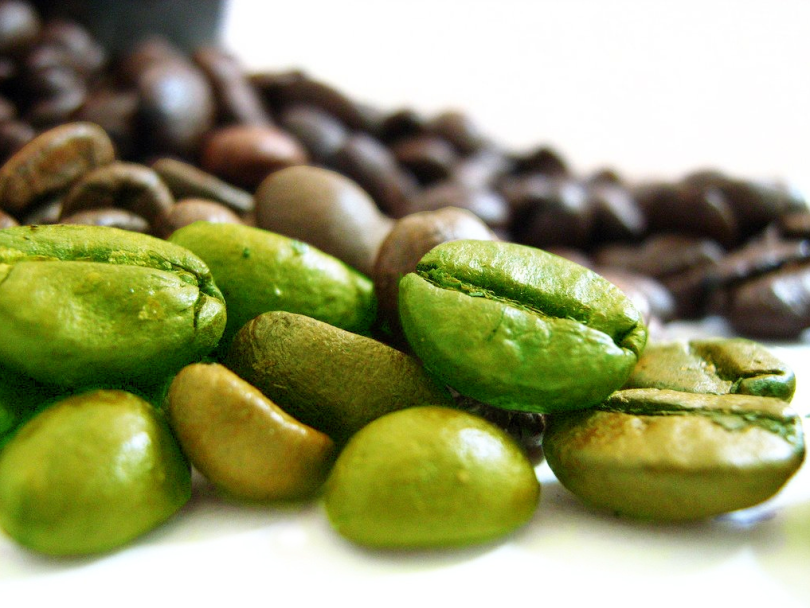 Green-Coffee-Bean-Roasted-Coffee-Bean