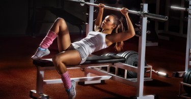 Sexy female weightlifting-ArctiumlappaL. increase Testosterone